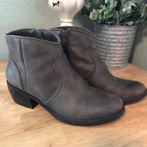 Dolcetta ankle boots